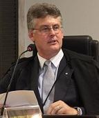 """Juiz afirma que """"em nenhum momento' a homossexualidade foi considerada uma doença"""""""