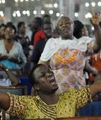 África foi mais ajudada pelo pentecostalismo do que pelas ONGs, diz pesquisa